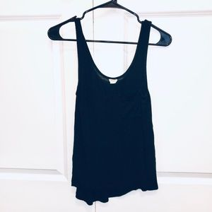 FOREVER 21 Black Tank Top Size Small